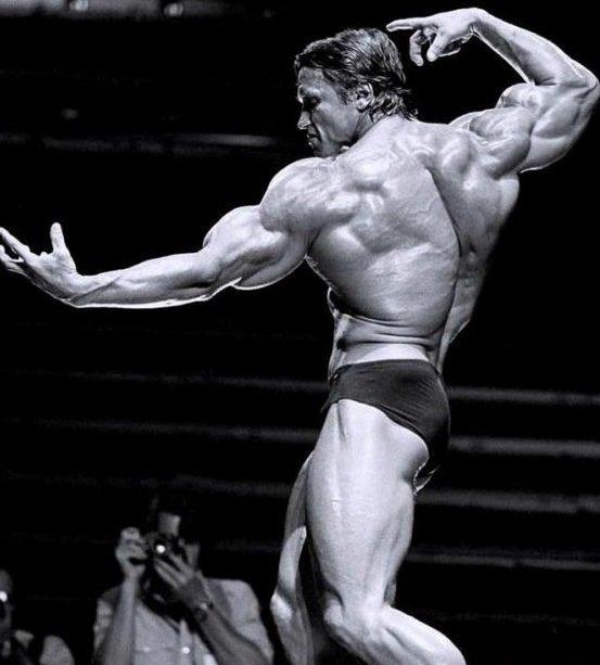 Arnold Schwarzenegger - The Legend of bodybuilding