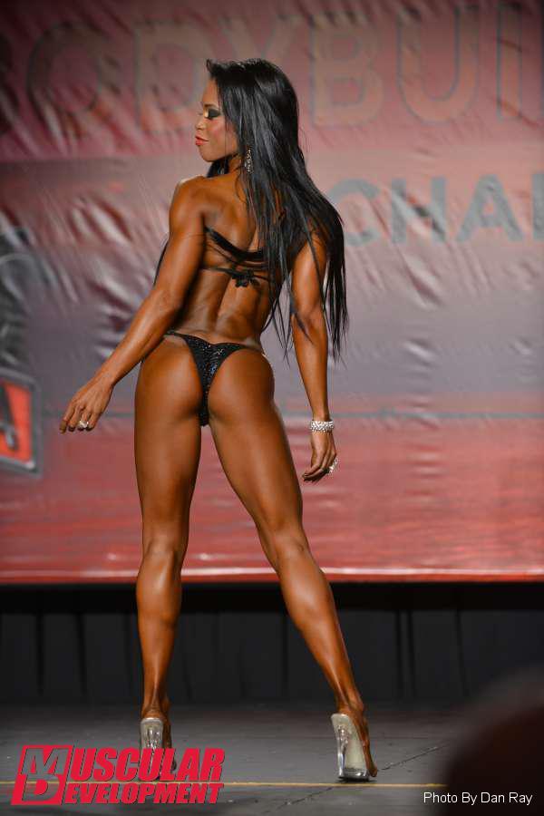 2014 India Paulino - Tampa Bay Pro  c