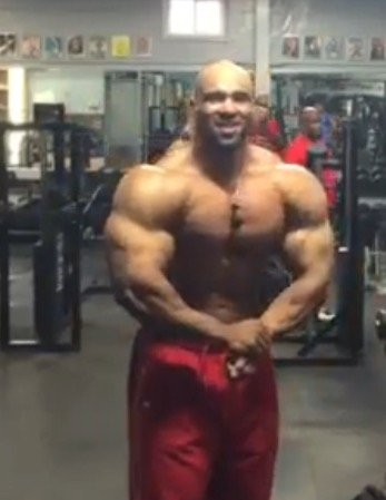 WATCH: Juan Morel Posing 8 Weeks Before the 2015 Olympia