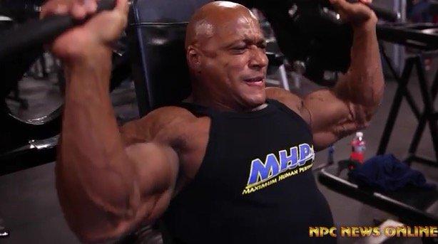WATCH: IFBB Pro Craig Richardson Shoulder workout