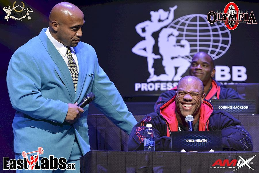 2015 Mr Olympia Press Conference004