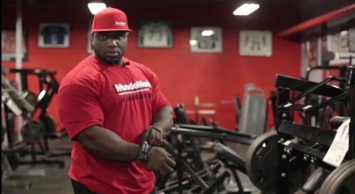 WATCH:  IFBB Pro Akim Williams Trains Back
