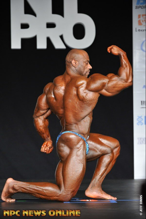 WATCH: Dexter Jackson's 2016 New York Pro Posing Routine