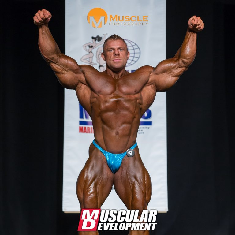 Justin Compton wins the 2016 IFBB Golden State Pro