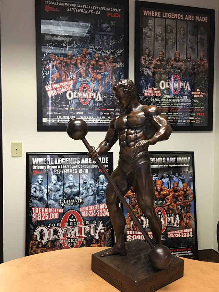 mr olympia trophy sandow