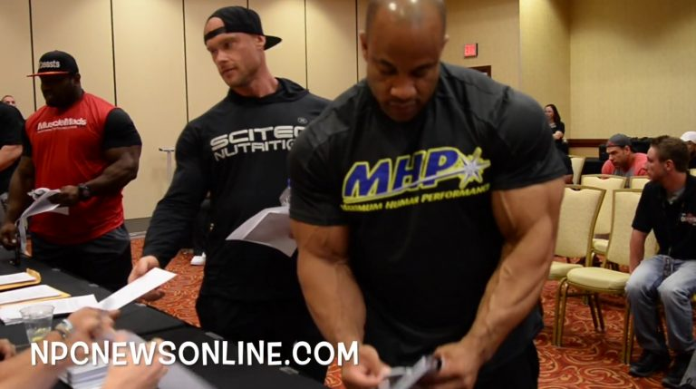 WATCH: 2016 Olympia Bodybuilding and 212 Athletes Meeting