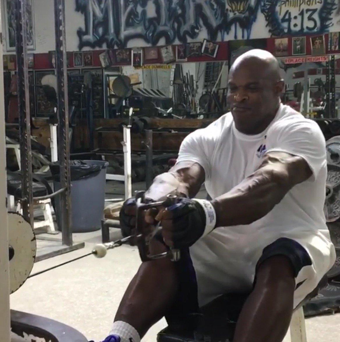 ronnie coleman weight