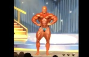 WATCH: 6X Mr. Olympia Phil Heath Guest Posing