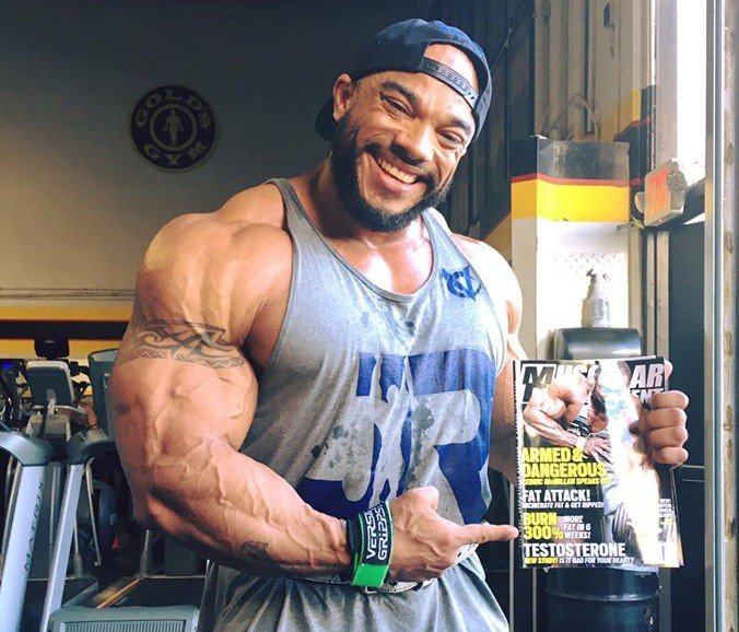 WATCH: Shawn Ray talks to Sergio Oliva Jr. before is Pro debut