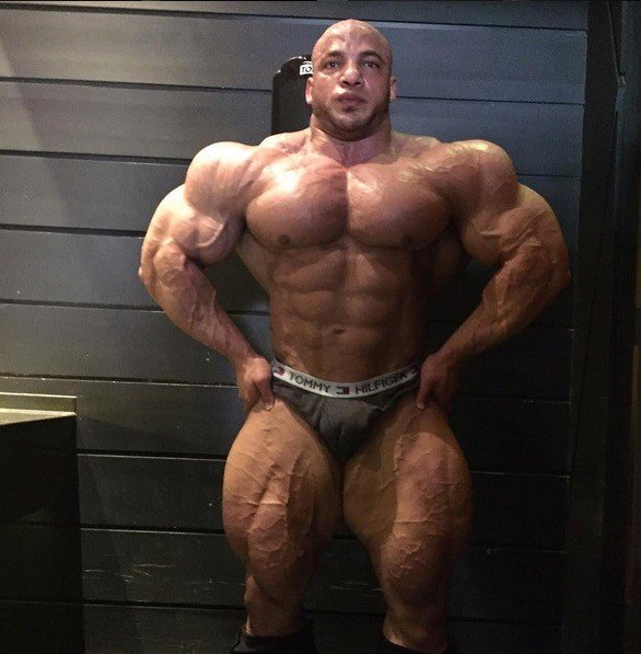 PHOTOS - Big Ramy