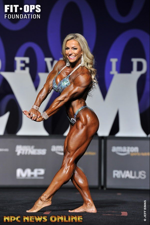Juliana Malacarne - 2017 Women's Physique Olympia