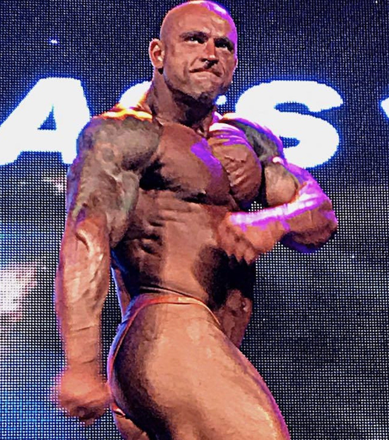 Darius Martinkus - 2017 NABBA Overall Mr Ireland winner