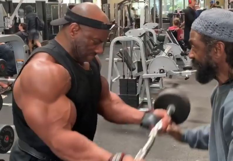 Dexter Jackson teams charles glass
