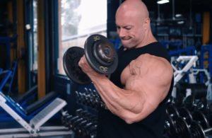 Joshua Lenartowicz blasts arms