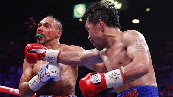 Manny Pacquiao hands Keith Thurman