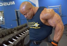 WATCH: Blast shoulders Victor Martinez