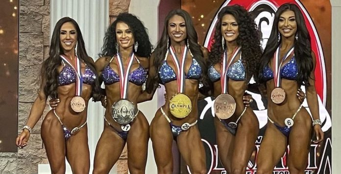 2020 Bikini Olympia Janet